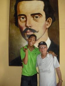 José Veiga (El Coco) y yo durante su estancia en Camagüey recordando el 68 aniversario de la Expedición de Cayo Confites.